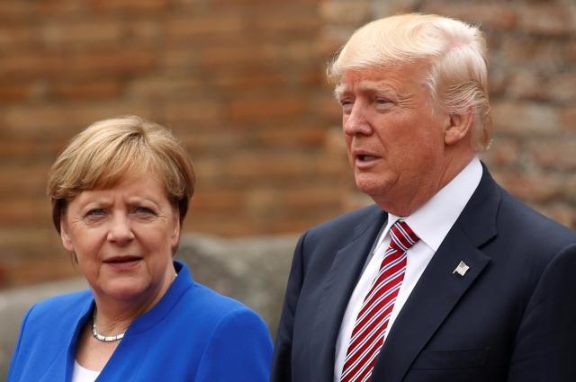 ドイツのメルケル首相(左)とアメリカのトランプ大統領=2017年5月26日