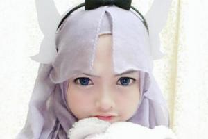 イスラム女子の「コスプレ魂」 ヒジャブで「盛り髪」戒律を逆手