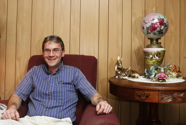 現在も住み続けている住民の一人、セントラリア「元」町長のJohn Lokitis氏=セントラリア、2007年12月