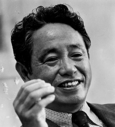ノーベル物理学賞受賞者の江崎玲於奈さんもワトソン研究所に所属していた=1981年、東京都港区