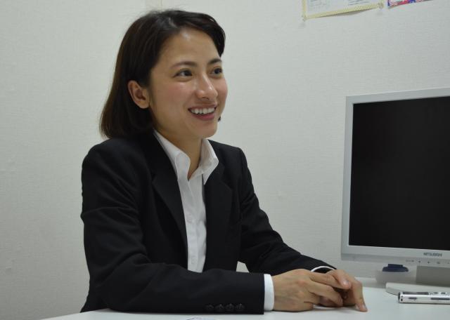 自身の就職活動について語るグエン チライさん。=6月8日、東京都新宿区、野口みな子撮影