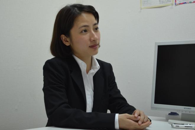 取材を受けるベトナム出身のグエン チライさん。=6月8日、東京都新宿区、野口みな子撮影