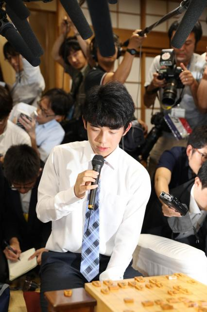 6月26日、東京都渋谷区の将棋会館、遠藤啓生撮影