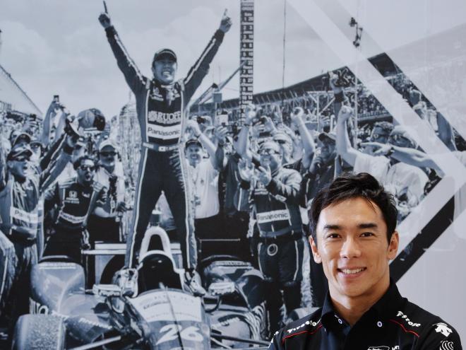 インディ500で日本人初優勝を果たした佐藤琢磨選手