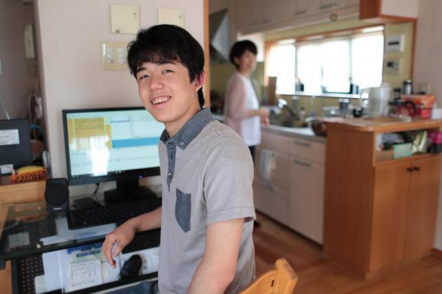 2017年6月24日、愛知県瀬戸市の自宅、山本正樹撮影
