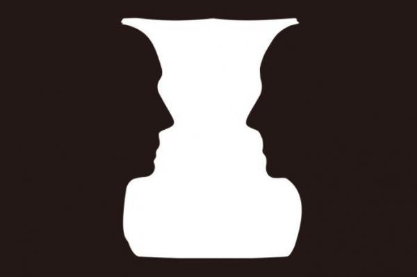 これが「ルビンの壺」。向き合った2人の顔にも大型の壺にも見える=新潮社のホームページより
