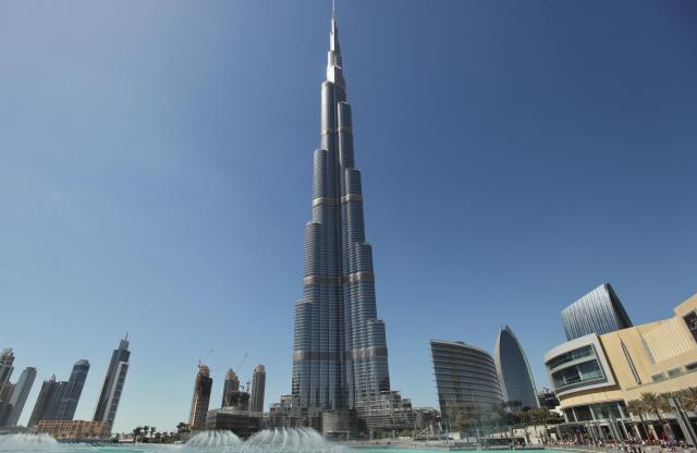 ドバイの象徴、世界一の高層ビル「ブルジュ・ハリファ」=2012年3月5日