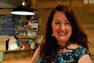 「ダメ女たちの人生を変えた奇跡の料理教室」の著者キャスリーン・フリンさん