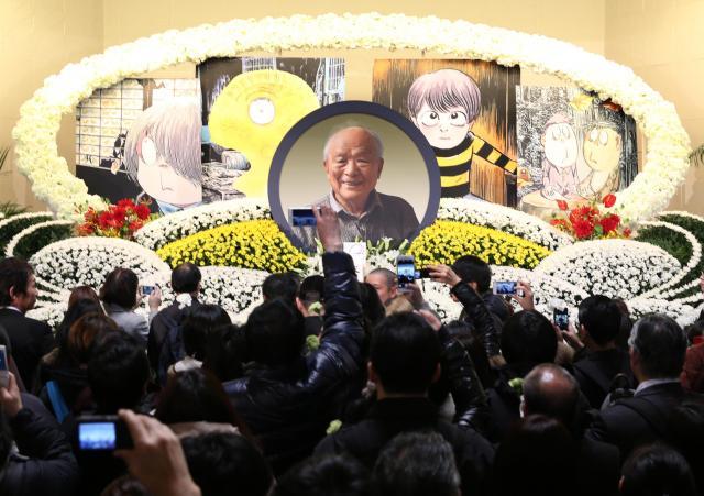 大勢の弔問客が訪れた「水木しげるサン お別れの会」=1月31日、東京都港区