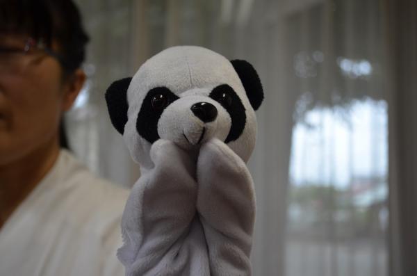 一番最初にTwitterに登場したパンダ、はじめはパペットでした