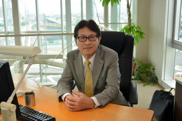 しろたんを全国展開するクリエイティブヨーコの脇田健介社長=長野市
