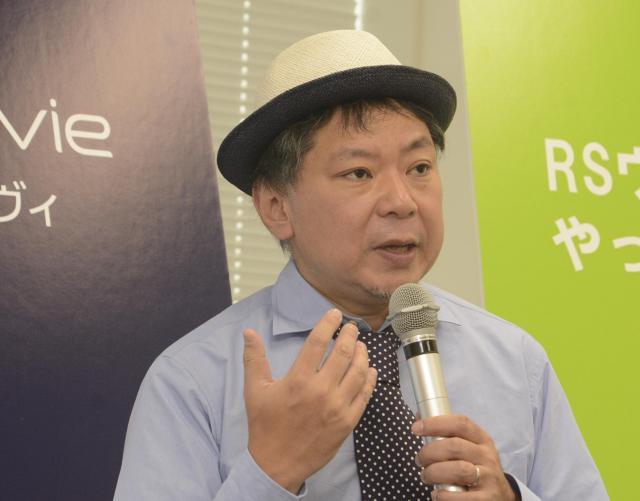 RSウイルスについてもっと知ってほしいと呼びかける鈴木おさむさん