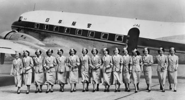 【1951年】勢ぞろいした日航1期生の客室乗務員