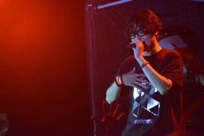 プロデュースやDJの活動に加え、自身が歌うライブも開催するRAM RIDERさん=2016年11月20日、東京都渋谷区