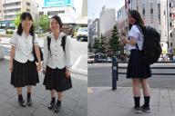 流行の「くしゅくしゅ」靴下。左は愛媛、右は札幌