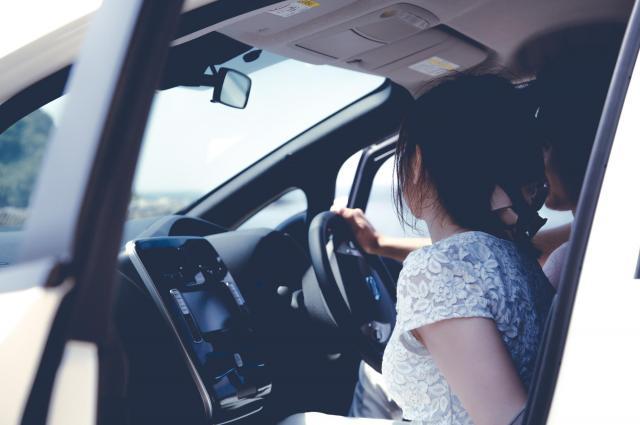 女子学生はプロダクション社長と静岡・沼津へドライブに行ったこともあった ※写真と記事は直接、関係ありません