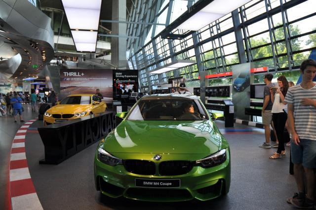 BMWの本社に併設されたショールーム