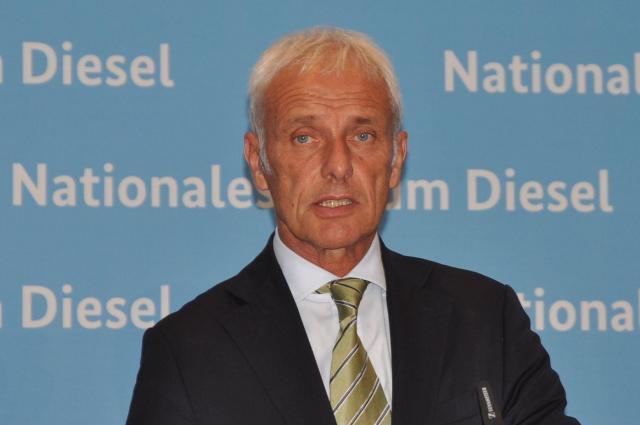 ベルリンで8月2日に記者会見したフォルクスワーゲンのマティアス・ミュラーCEO