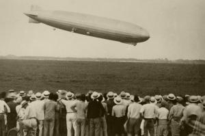 飛行船ツェッペリンの悲劇…土浦カレーとの「意外な接点」