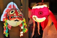 左が青森の「金魚ねぶた」。右が山口の「金魚ちょうちん」(柳井市提供)