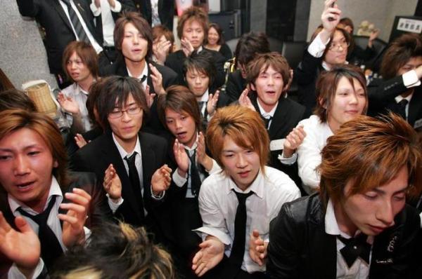 歌舞伎町のホストたち