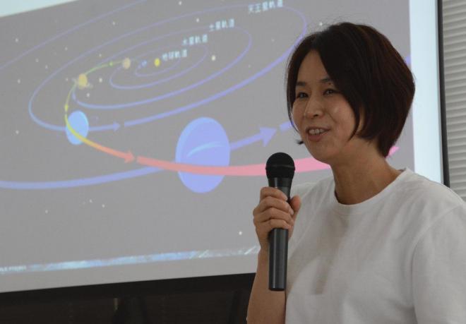 出身地の鳥取県では「明るい星空を見ながら育った」と語る岡島さん