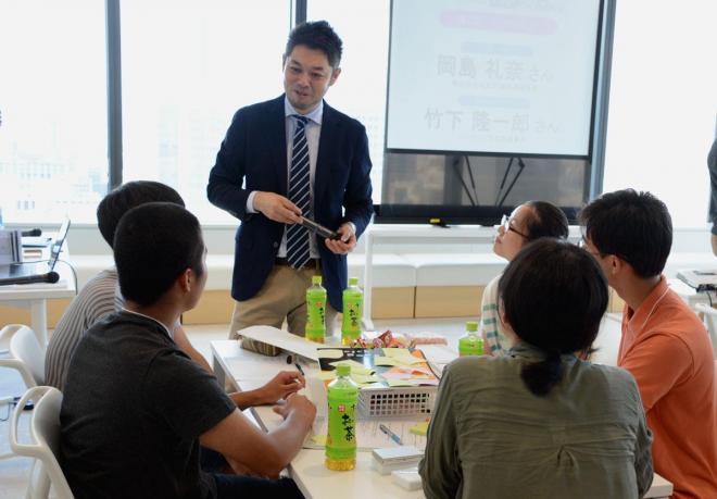 竹下隆一郎さんが話し合いの進め方などをアドバイス