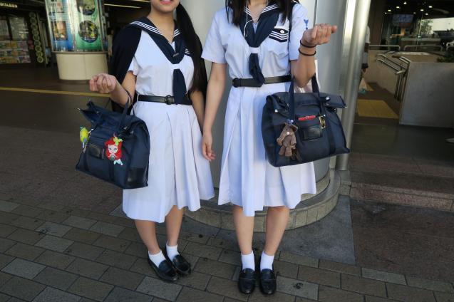 地域によって制服の傾向も様々。こちらは兵庫県西宮市