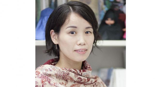 後藤絵美(ごとうえみ) 日本の大学を卒業後、エジプトのカイロにあるアメリカ大学女性・ジェンダー研究所に研究員として在籍。現在は東京大学日本・アジアに関する教育研究ネットワーク特任准教授、東洋文化研究所准教授(兼務)。著書に『神のためにまとうヴェール―現代エジプトの女性とイスラーム』(中央公論新社)、『イスラームのおしえ』(かもがわ出版)など