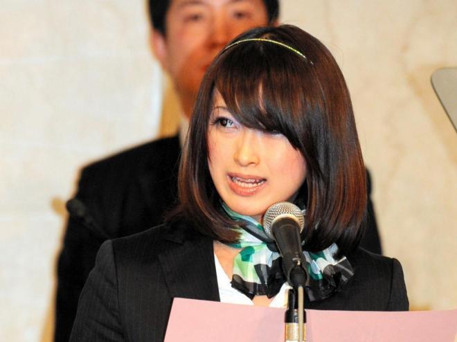 2007年に青森県八戸市議に初当選し、「美人すぎる市議」と話題になった藤川優里さん