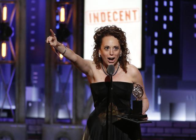 トニー賞演劇演出賞を受賞した「インディセント(Indecent)」=ロイター