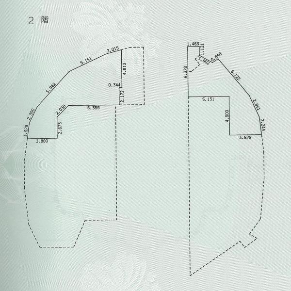 シンデレラ城の2階平面図。床面積は106平方メートルで、中2階のように狭くなっている。