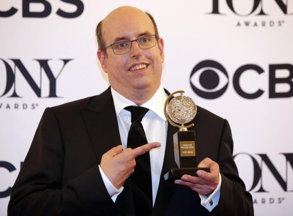 「Come From Away」の演出を担当した Christopher Ashley。トニー賞のミュージカル演出賞を受賞した=ロイター