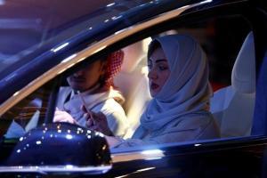 サウジで女性の運転が「解禁」 世界で唯一...