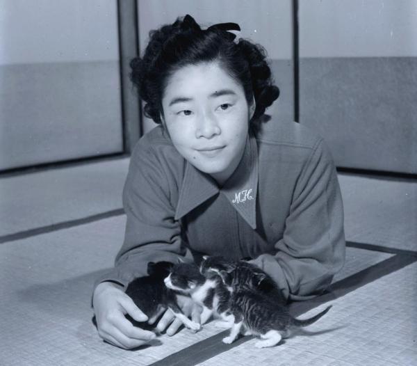 猫の赤ちゃんと長谷川町子さん