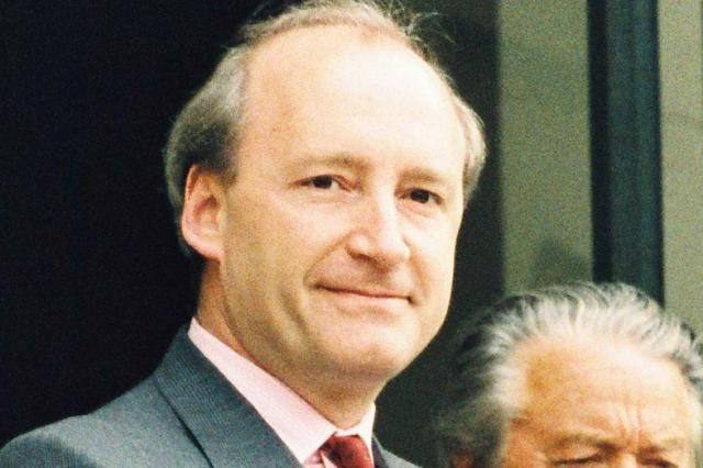ミッテラン仏大統領=1992年4月29日