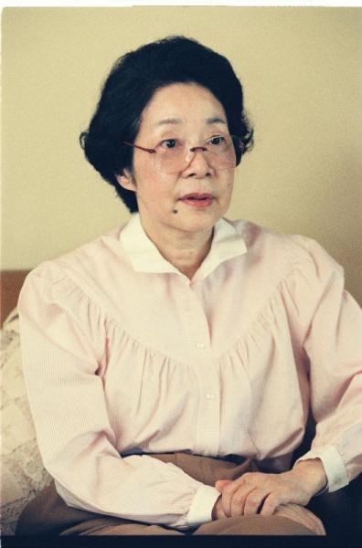 昭和60年、住み慣れた自宅近くに長谷川美術館を開館した漫画家の長谷川町子さん=1990年7月16日