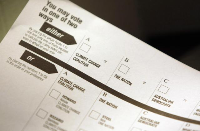 上院の投票用紙=2007年11月23日