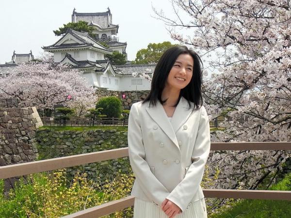 【カーネーション】岸和田城を訪れた尾野真千子さん