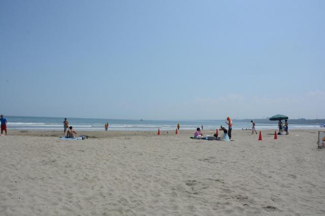 盗難事件の駐車場に隣接する「大洗サンビーチ」=2015年8月