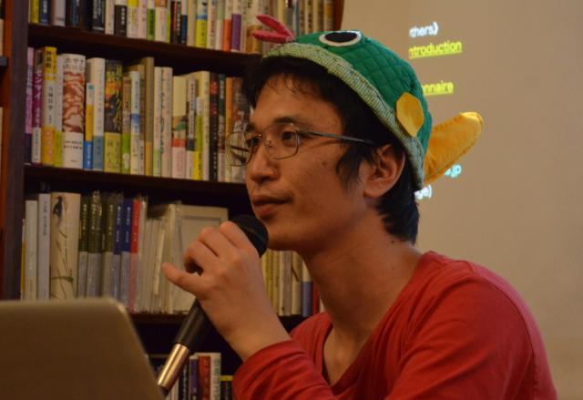 トークイベントの参加者の質問に答える澤井さん