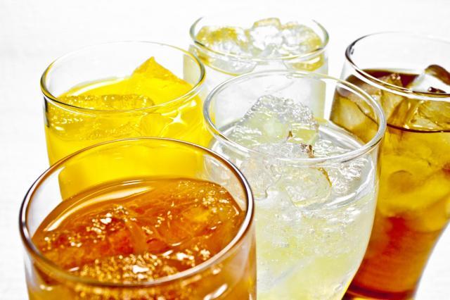 今では、お酒の色や、炭酸の泡を見るだけでも、そのお酒の名前がわかるようになったという ※写真はイメージです