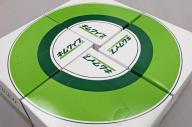 キムワイプの箱4つを組み合わせた時に生じる「1cm四方の空白」