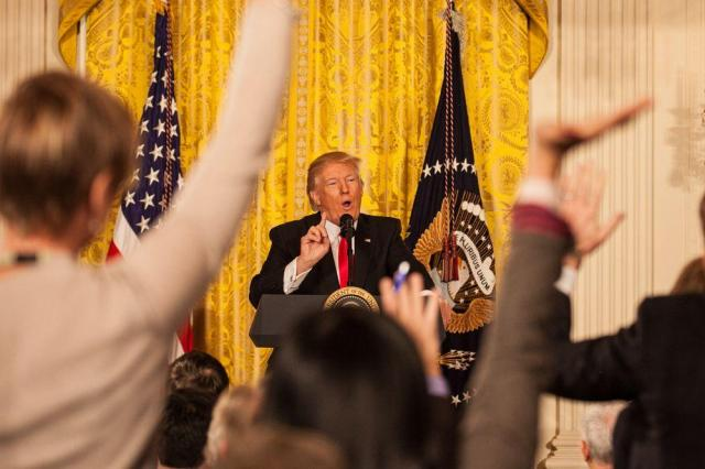 ホワイトハウスで開かれた記者会見でのトランプ米大統領=ワシントン、ランハム裕子撮影=2017年2月16日