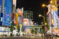 秋葉原の電気街、家電量販店で働く中国人留学生が見た「日本」