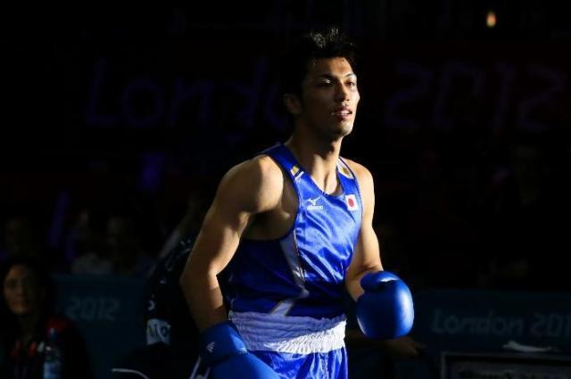 ロンドン五輪男子ミドル級2回戦で、アルジェリアのラフーに判定勝ちした村田諒太