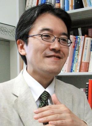 亀井伸孝・愛知県立大教授