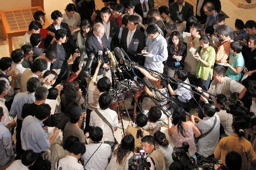 05年の6者協議では、米国務次官補として報道陣の取材にも対応したヒル氏