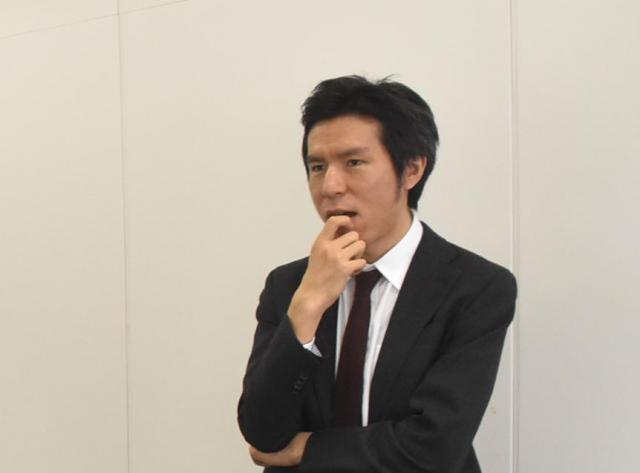 企画が不安になって様子を見に来たwithnews編集長、奥山晶二郎氏