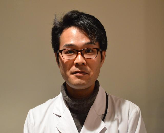 台東区立書道博物館の中村信宏さん。注意書きを書いたその人です